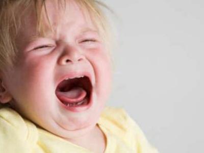 Enfant stressé et nerveux