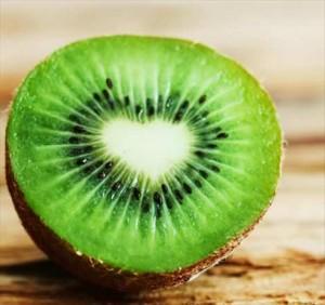 Le kiwi est un fruit intéressant