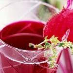 Jus rouge (jus de betterave) pour la récupération des sportifs