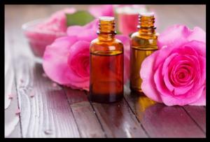 Huile essentielle de Rose comme traitement antirides