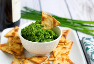 Pesto de Ciboulette et crackers